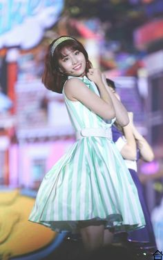 Spring is coming and who better to get fashion inspiration from than our lovely ladies from TWICE? Kpop Girl Groups, Korean Girl Groups, Kpop Girls, Hirai Momo, Kpop Outfits, These Girls, Nayeon, Girls Generation, South Korean Girls