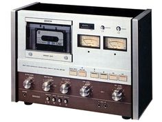 Then They Were Vertical DENON DR-750 (1977)