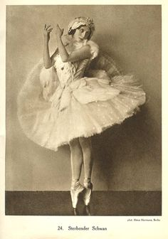 Anna Pavlova ( January 1881 – January was a Russian ballerina of the late and the early centuries. She was a principal artist of the Imperial Russian Ballet and the Ballets Russes of Sergei Diaghilev. Anna Pavlova, Misty Copeland, Ballerine Vintage, Vintage Ballerina, Famous Dancers, Russian Ballet, Ballet Costumes, Ballet Dancers, Ballerinas