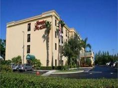 Boynton Beach (FL) Hampton Inn and Suites Boynton Beach  United States, North America Set in a prime location of Boynton Beach (FL), Hampton Inn and Suites Boynton Beach puts everything the city has to offer just outside your doorstep. Both business travelers and tourists can enjoy the hotel's facilities and services. Take advantage of the hotel's 24-hour front desk, facilities for disabled guests, express check-in/check-out, luggage storage, Wi-Fi in public areas. Television ...