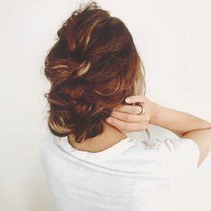 憧れの外国人風スタイルはこう作る!動画でわかるアレンジ術10連発 - LOCARI(ロカリ) Dreadlocks, Hair Styles, Beauty, Hair Plait Styles, Hair Makeup, Hairdos, Haircut Styles, Dreads, Hair Cuts