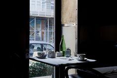Cafe, light // Nicole Franzen
