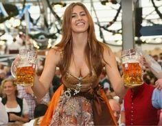 the 20 sexiest oktoberfest photos ever taken 20 photos 3 The 20 sexiest Oktoberfest photos ever taken Photos) Oktoberfest Outfit, German Oktoberfest, Octoberfest Girls, German Beer Festival, Drindl Dress, Beer Maid, Color Rubio, Beer Girl, Beer Lovers