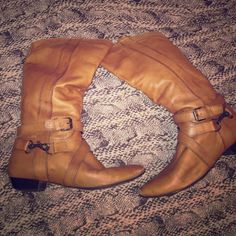 Aldo Cowgirl Boots. Perfect for fall/ Halloween Ankle strapped w buckle tan leather. Sturdy heel. Worn towards bottom of toes but otherwise leather was maintained in good condition. Cute dip in the back. US 9 EU 40 (fits like a true 9) ALDO Shoes Combat & Moto Boots