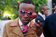 『SAPEURS(サプール)』コンゴのオシャレ男子は、服を信じて福を呼ぶ。 - HONZ