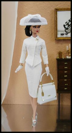 #silkstone #fashions #fashion #royalty #vintage #barbie #parker #poppy #ooak #forOOAK Fashions for Silkstone / Fashion Royalty / Vintage barbie / Poppy Parker OOAK Fashions for Silkstone / Fashion Royalty / Vintage barbie / Poppy ParkerOOAK Fashions for Silkstone / Fashion Royalty / Vintage barbie / Poppy Parker Vintage Barbie Kleidung, Vintage Barbie Clothes, Doll Clothes, Vintage Dolls, Barbie Style, Fashion Royalty Dolls, Fashion Dolls, Mode Vintage, Retro Vintage
