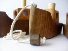 Pull en bois jouet écolo  bateau par toporko sur Etsy, $29.00