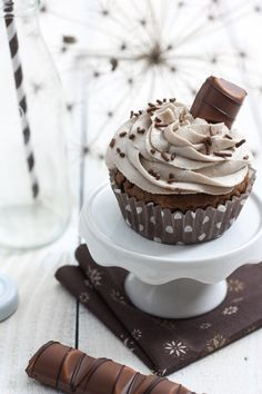... kinder bueno cupcakes ...
