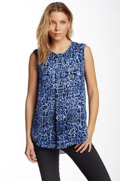 Vince Camuto Sleeveless Animal Essence Centerpleat Blouse