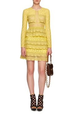 large_burberry-yellow-pale-citrus-tiered-chantilly-lace-shift-dress.jpg (750×1200)