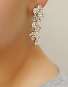 b289a0bc31be87 29 Best Bridal Bracelets images in 2019   Bridal bracelet, Pearl ...