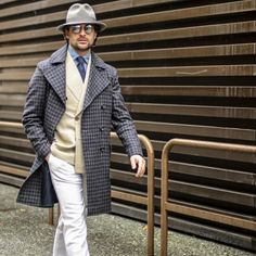 Pitti Uomo 89 - Day Ph: Wearing: hat , with mirror lens - Double breasted checkered coat, beige double breasted jacket and white trousers all from. La Mode Masculine, Mens Trends, White Trousers, Double Breasted Jacket, Outfit Combinations, Suit And Tie, Oxfords, Dapper, Gentleman