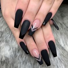 In seek out some nail designs and ideas for your nails? Here's our set of must-try coffin acrylic nails for trendy women. Gorgeous Nails, Pretty Nails, Perfect Nails, Fabulous Nails, Swag Nails, My Nails, Glitter Nails, Lilac Nails, Gold Nails
