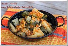 BLEDES I PATATA AMB SALSETA D'ALLS I PEBRE ROIG http://cuinadiari.blogspot.com.es/2015/01/bledes-i-patata-amb-salseta-dalls-i.html