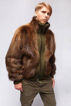 Mec en fourrure 2284 Jacket Style, Fur Jacket, Bear Fur Coat, Fur Fashion, Mens Fashion, Mink Coats, Mens Fur, Casual Wear For Men, Young Fashion
