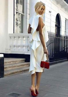 A little white dress to impress - Prom Dresses Design Looks Party, Look Fashion, Womens Fashion, Dress Fashion, Street Fashion, Fashion Ideas, Fashion Tips, Looks Chic, Mode Inspiration