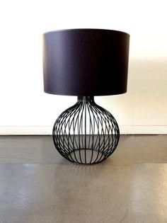 Pumkin table lamp industrial metal minimal table por LightCookie