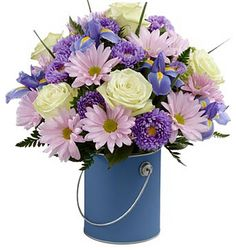 Order fresh get well flowers, gift baskets or bouquets online & receive same-day delivery from Raimondi's Florist. Lavender Flowers, Fake Flowers, Flowers Nature, Purple Flowers, Beautiful Flowers, Valentine's Day Flower Arrangements, Get Well Flowers, Flowers Delivered, Bouquets