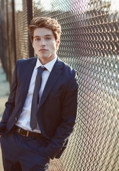 Froy Gutierrez, Couple Goals Cuddling, Business Outfit, Hot Boys, Teen Wolf, Cute Guys, Celebrity Crush, Pretty Boys, Character Inspiration