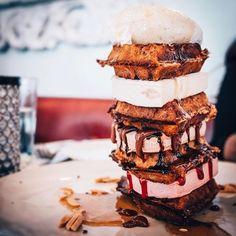 Today's agenda: toppling towers ✔️ #catchnyc #brunch #glutenfree #waffle #icecream #tower #indulgenteats #EMMEATS //  @t_glick