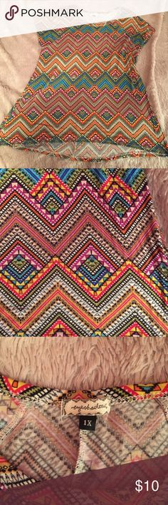 Cute shirt Super soft and cute plus size shirt. Colorful print, excellent used condition Eyeshadow Tops Blouses