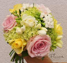 Florals, Floral Wreath, Wreaths, Table Decorations, Home Decor, Floral, Floral Crown, Decoration Home, Door Wreaths
