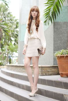 Camille is a fashion blogger & designer from Manila  Blog: http://itscamilleco.com