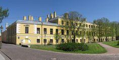Hôtel du Trésor - Saint Petersbourg - Construit de 1837 à 1838 par l'architecte Ivan Galberg.