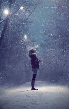 { snowy night }