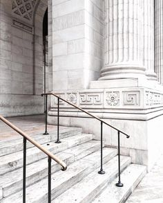 NY Public Library // Stairs // White Marble // A trip to NYC // Minimalism // Photos and Film