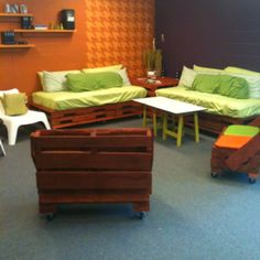 Youth Room Idea Pallet Furniture Just Right For The Catholic Ministry Budget