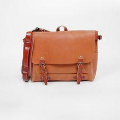 Light Brown Éclair Postman Crossbody Bag - La Belle Échoppe