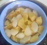 #haloMOM,#Buah merupakan bahan #MPASI yang disukai bayi....simak http://www.halomom.com/2015/02/resep-mpasi-pure-pear.html