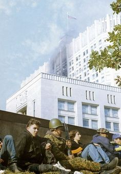 Post with 63 views. Soldier and civilians near the surrounded House of Soviets. Military Coup, October 4, Russian Federation, Military Weapons, Back In Time, Historical Pictures, Cold War, Past, History