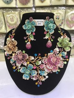 2017 Bridal Jewelry Sets Wedding Necklace Earring For Brides Party Accessories Big Flowers Rhinestone African Jewelry Sets Bridal Bangles, Bridal Necklace, Flower Necklace, Bride Earrings, Fancy Earrings, Mom Jewelry, Funky Jewelry, Peacock Jewelry, Fancy Jewellery