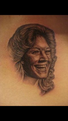 Female portrait memorial tattoo - Nephtali Brugueras jr.