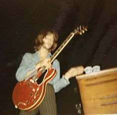 Photographs of Eric Clapton in the - from his days in The Yardbirds through Cream and Blind Faith. Guitar Guy, Beatles Guitar, Leslie Speaker, Club Magazine, Steve Winwood, The Yardbirds, Blind Faith, Guitar Collection, Music Aesthetic