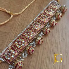 bridal jewelry for the radiant bride Indian Jewelry Sets, Indian Wedding Jewelry, Bridal Jewelry, Silver Jewelry, Silver Necklaces, Silver Rings, Ethnic Jewelry, Indian Bridal, Pearl Jewelry