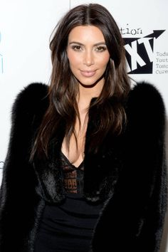 I Got the Kim Kardashian Vampire Facial Kardashian Beauty, Kardashian Style, Kardashian Jenner, Kardashian Fashion, Kylie Jenner, Kim K Style, Style Me, Vampire Facial, Lab