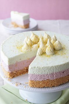 Cherry and pistachio no-bake cheesecake