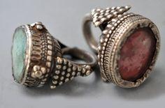 //Rings from India - Boho Bohéme Feathers Gypsy Spirit Jewelry Box, Jewelry Rings, Jewelry Accessories, Cheap Jewelry, Fine Jewelry, Pandora Jewelry, Jewlery, Jewelry Making, Tribal Jewelry