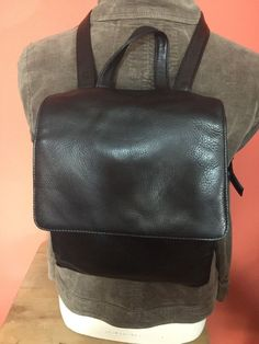 TIGNANELLO Black Soft Leather Backpack Carryall Purse Shoulder Bag Medium GUC #Tignanello #BackpackStyle