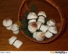 Sněhové žampiony Christmas Cookies, Candle Holders, Candles, Cooking, Food, Decor, Xmas Cookies, Kitchen, Decoration