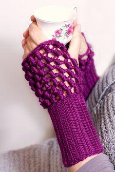 Bullion Stitch Fingerless Gloves - Crochet Me