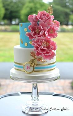 I made this for my friend's surprise birthday cake. So fun, just like her! Pretty Cakes, Cute Cakes, Beautiful Cakes, Amazing Cakes, Bright Birthday Cakes, 80 Birthday Cake, Surprise Birthday, Birthday Ideas, Happy Birthday
