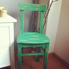 DIY, Silla, decapado, reciclaje, silla turquesa, silla de madera, silla verde, silla envejecida