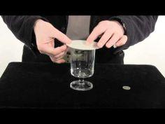 Goocheltrucs met uitleg. Leuke truc met een munt en een bierviltje | Goochelen.nl - YouTube