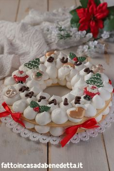 Christmas Cake Designs, Christmas Sweets, Christmas Gingerbread, Noel Christmas, Christmas Baking, Tart Recipes, Sweet Recipes, Cake Lettering, Cream Puff Recipe