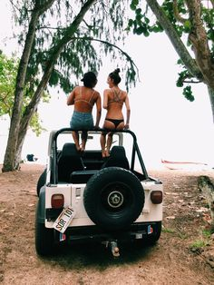top down jeep, friends, bikinis. need something better produced but similar feeling. can't have the washed out background though