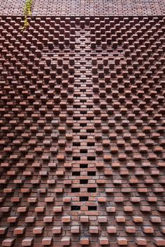 Dong Yugan's Brick Art Museum Through the Lens of He Lian,© Qingdao Zhiyi-jianzhu New Media Studio Brick Art, S Brick, Brick And Stone, Brick Cladding, Brick Facade, Brick Architecture, Religious Architecture, Brick Design, Facade Design